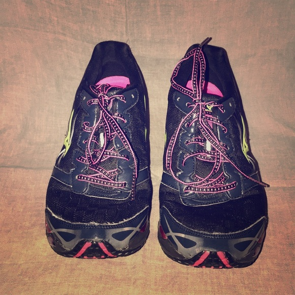 official photos a233f f6b40 Mizuno Wave Prophecy 2 II Women's Size 9.5 Black